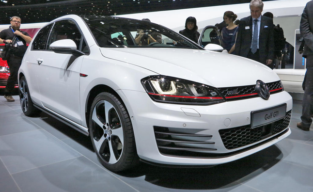 VW Golf Plug-in Hybrid Tipped to be Named GTE