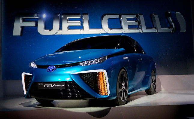 Toyota Hydrogen Fuel-Cell Car On Sale Next Year