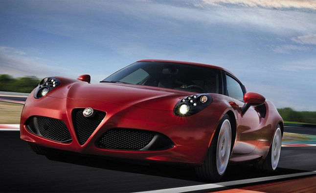 Alfa Romeo 4C Spider Rumored for Geneva Debut