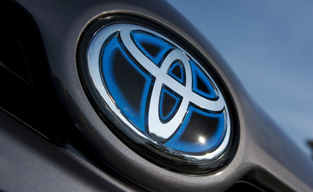 Toyota Leads US in Recalls for 2013