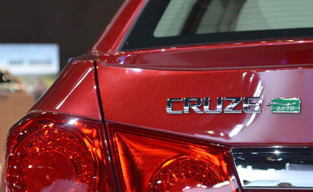 2014-Chevrolet-Cruze-Clean-Turbo-Diesel-14