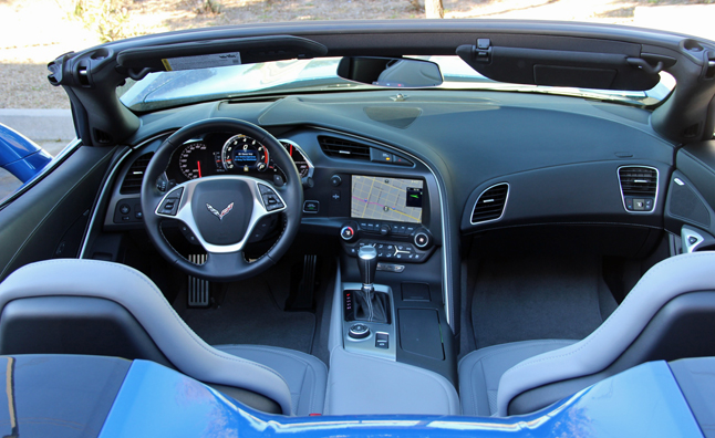 2014-Chevy-Corvette-Convertible-Interior (2)