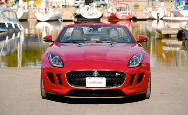 2014-Jaguar-F-Type-V8-S
