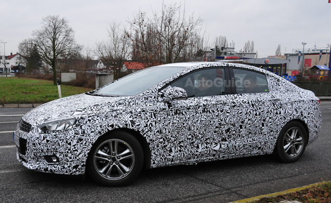 2015 Chevrolet Cruze Spied Inside Out