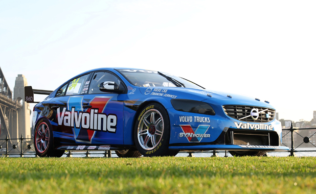 Volvo S60 V8 Supercar Revealed in Sydney – Video