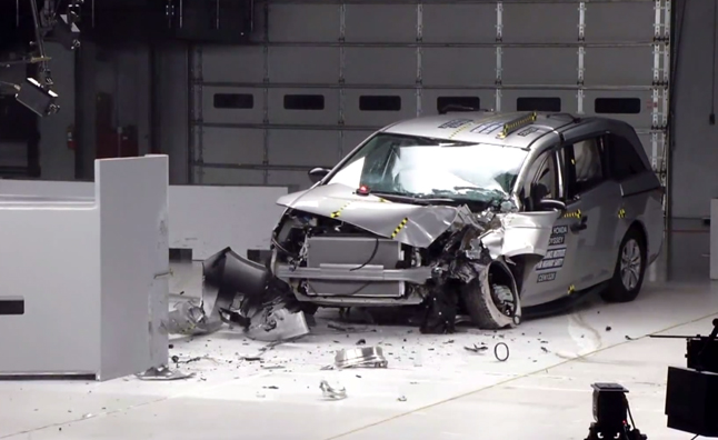 Honda, Toyota Minivans Score Five-Star Safety Ratings
