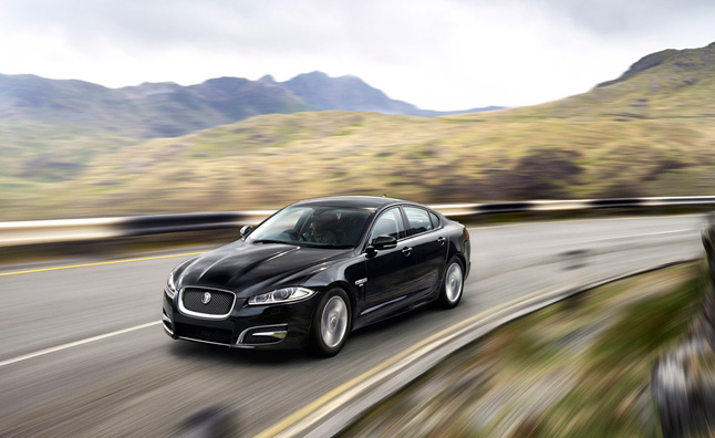 Jaguar XF R-Sport Combines Luxury and Performance