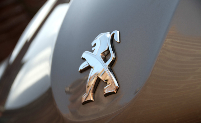 Peugeot gets $1.1B Investment from Dongfeng