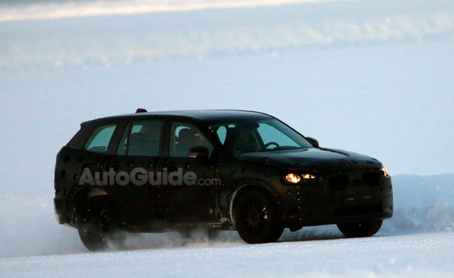 Volvo XC90 Spied in Prototype Form