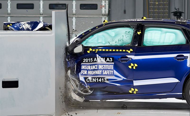 2015-Audi-A3-Crash-Test