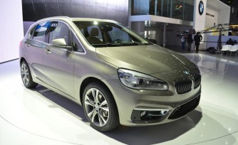 BMW 2 Series Active Tourer Video, First Look