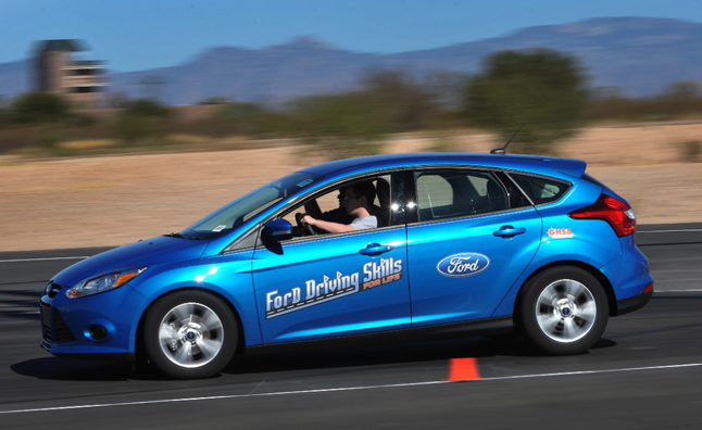 Ford Fights Driving Selfies with Free Training Course