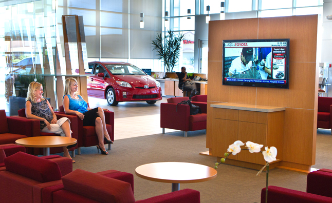 Toyota-Dealer-Lounge