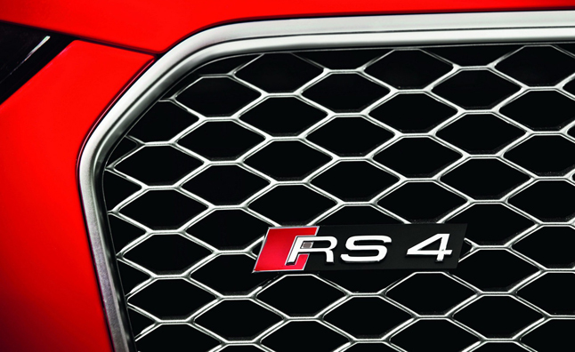 audi-rs-badge