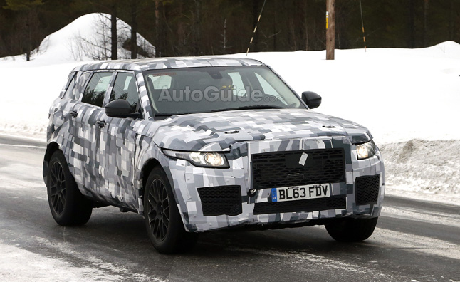 Land Rover Freelander Replacement Spied with Performance Upgrades