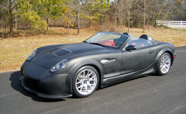 Panoz Celebrates 25 Years with Limited-Edition Model