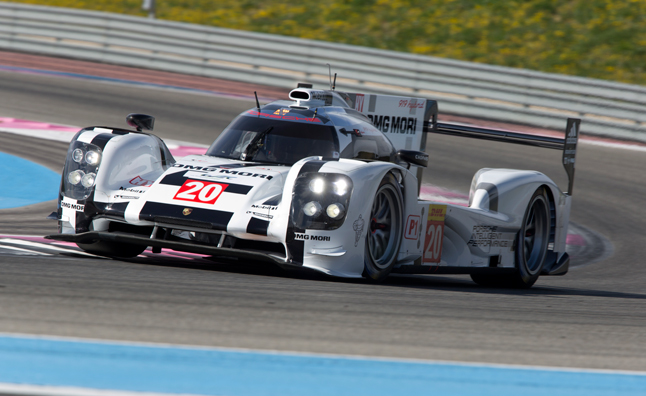 Porsche 919 Hybrid Hits the Track in Stunning Photos