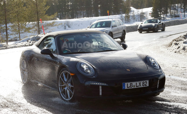 Porsche 911 GTS Hinted in Spy Photos