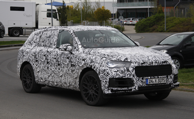 2015 Audi Q7 Caught Testing in Spy Shots
