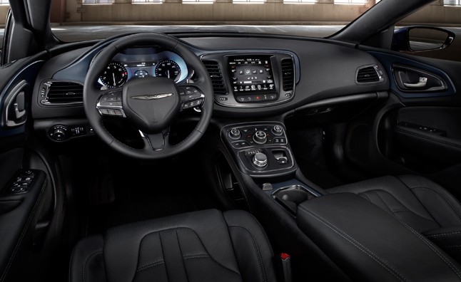 2015-chrysler-200-interior