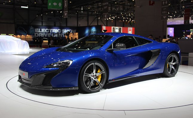 McLaren-650S-Live-Shot-2-Man-Art