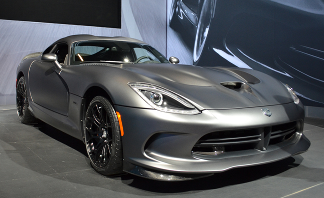 SRT Viper Anodized Carbon Edition Looks Feloniously Fierce