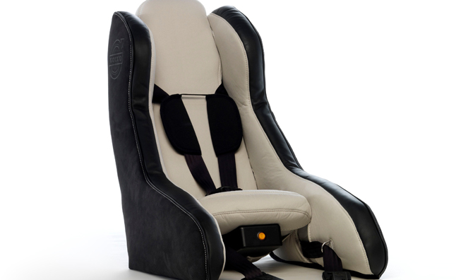 volvo-inflatable-child-seat-concept
