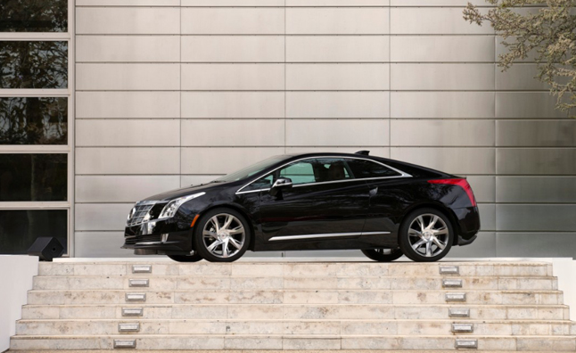 2014-Cadillac-ELR-193-medium