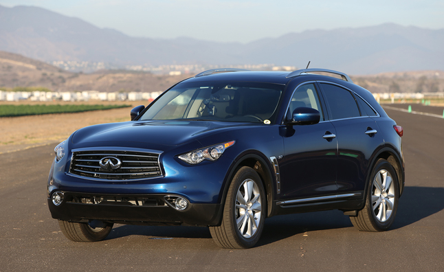 2015 Infiniti QX70 Priced from $46,845, Drops V8
