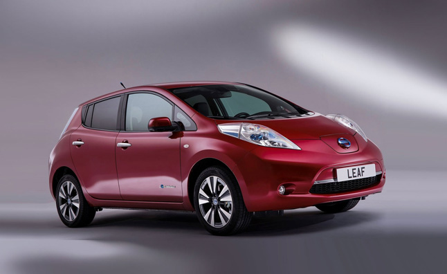 Nissan Working on New Electric Car Battery Technology