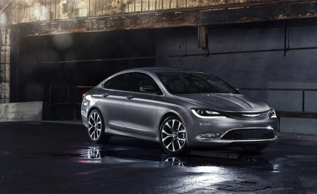 2015 Chrysler 200 Orders Hit 10,000 on First Day