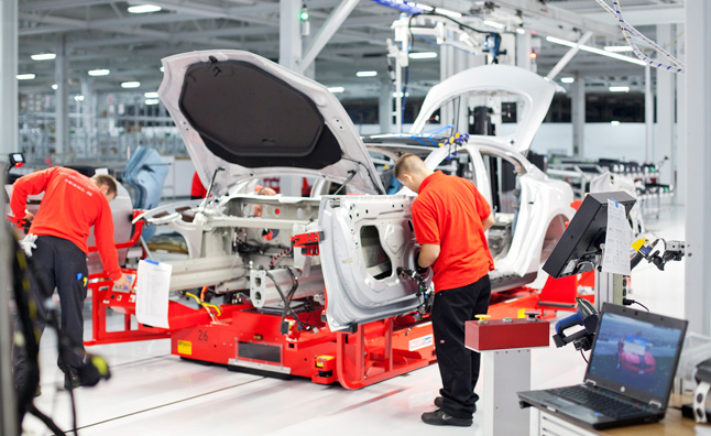 Tesla Becomes California's Top Auto Employer