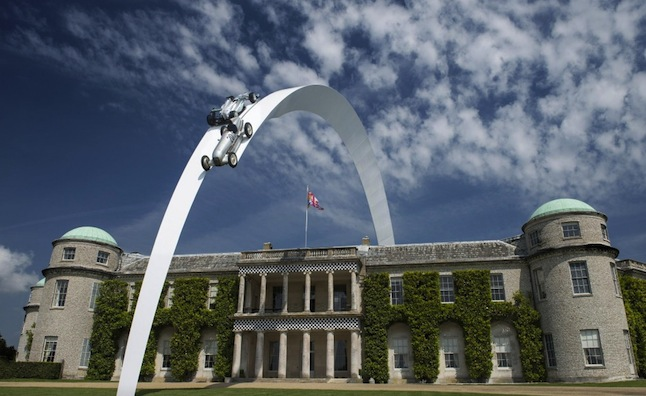 2014-goodwood-festival-of-speed-central-feature-honors-mercedes-benz_100471002_l