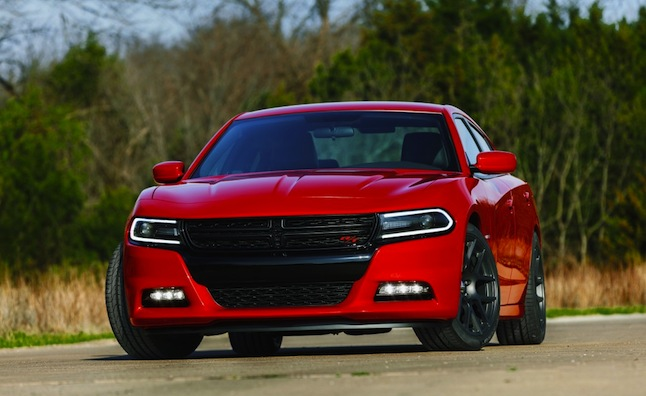2015-dodge-charger-10