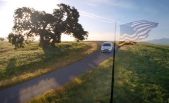 Chrysler 200 Ads Wax Predictably Patriotic