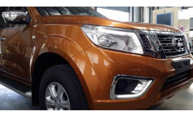 Next Nissan Frontier Previewed in Leaked Photos