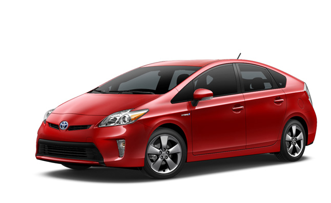 2015 Toyota Prius Persona Series Gains Style Enhancements