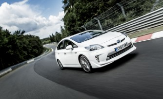 Toyota Prius Plug-in Sets Nürburgring Lap Record