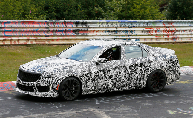 2016 Cadillac CTS-V Flaunts its Muscles at Nürburgring