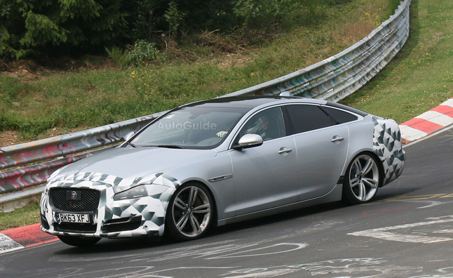 Jaguar XJ Facelift Sheds Camo for Spy Photos