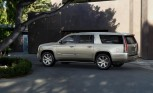 2015 Cadillac Escalade Delays Frustrating Dealers