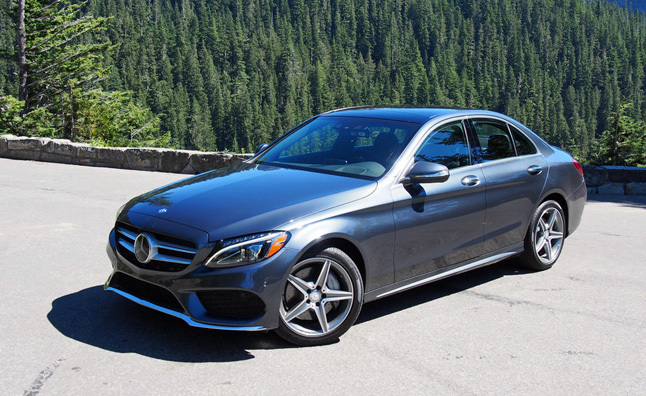 2015-Mercedes-Benz-C400-4Matic-main_rdax_646x396