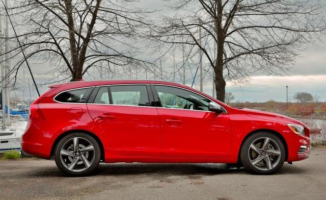 2015-Volvo-V60-R-Design-side-profile