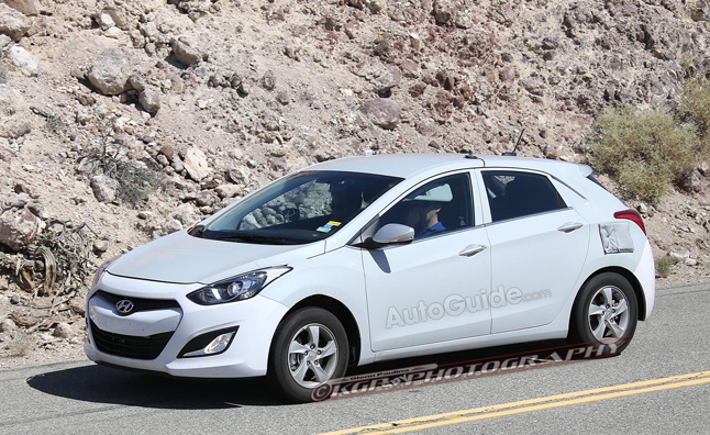 Hyundai's New Toyota Prius Fighter Spotted Testing