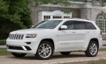2015 Jeep Grand Cherokee is Safer in a Crash With 4WD