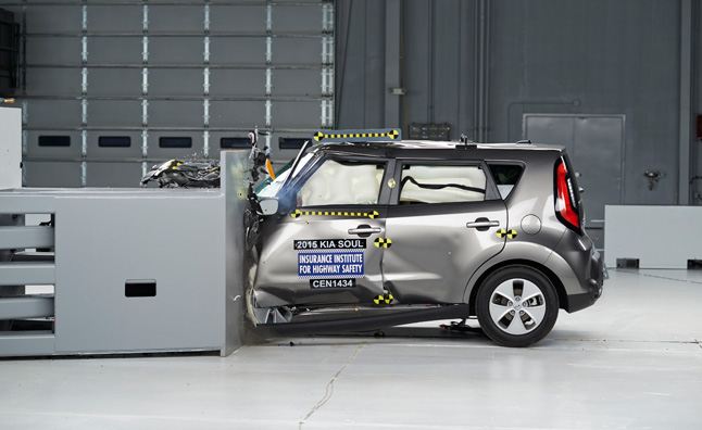 Kia Forte, Soul Improve on IIHS Crash Test