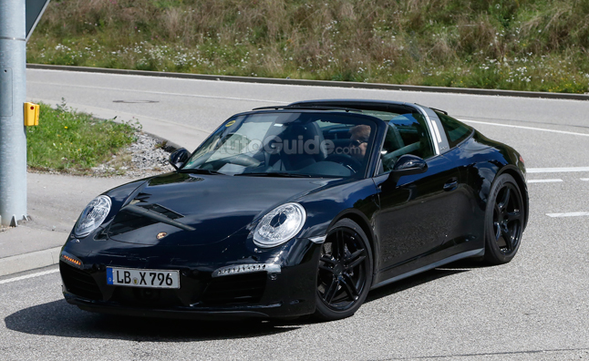 porsche-911-targa-facelift-spy-photo