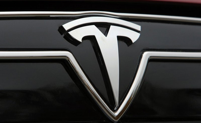 Tesla Model III to Have Limited Self-Driving Capability