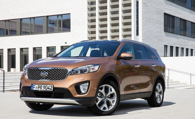 Kia Sorento Facelift Unveiled in Paris