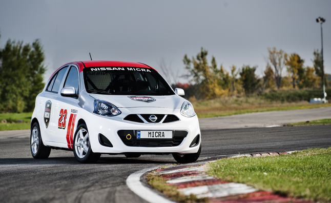 Coupe Nissan Micra